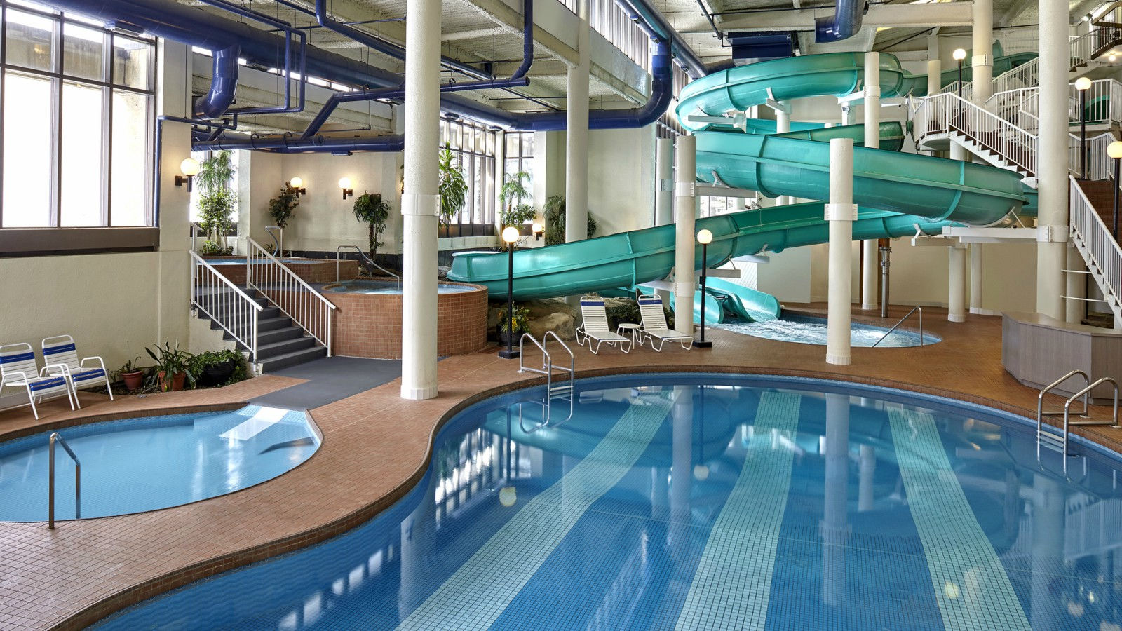 Calgary Shopping Package - Oasis River Country Water Park